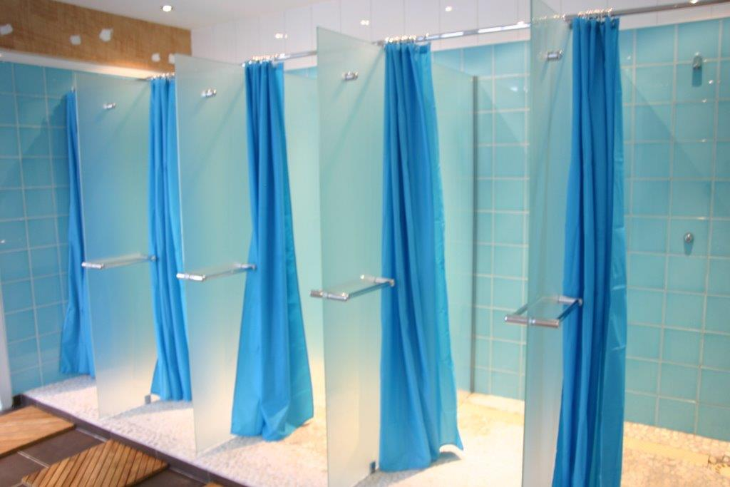 L p e vitrage vitrerie habitat abbeville pare douche for Salle de bain allemagne